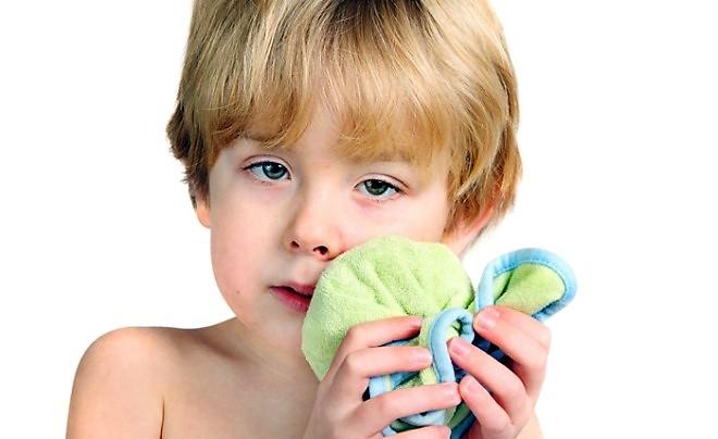 Флюс у ребенка — методы лечения, цены в клинике Светофор